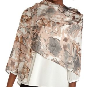 NEW DIRECTIONS Blush Floral Oversized Scarf Wrap